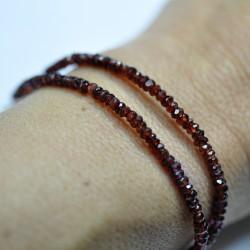 Bracelet 2 rang pierres fines en grenat facetté