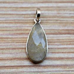 Petit pendentif goutte pierre en quartz rutile facetté sur argent