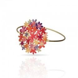 bracelet doré avec une grosse fleur orangée