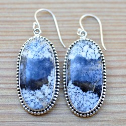 Boucles d'oreilles argent ciselé et pierre en agate blanche dendrite