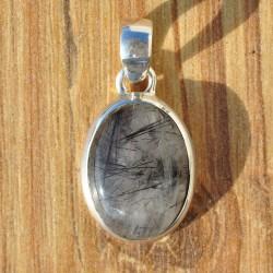 Pendentif ovale en pierre naturelle Quartz tourmaline et argent
