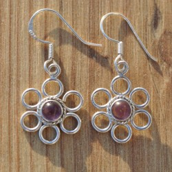 Petites boucles fleurs argent et pierre violette en Améthyste