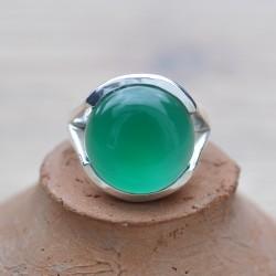 Bague en argent ronde en Agate verte et monture ajourée