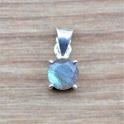 Petit pendentif rond en argent et pierre Labradorite facettée